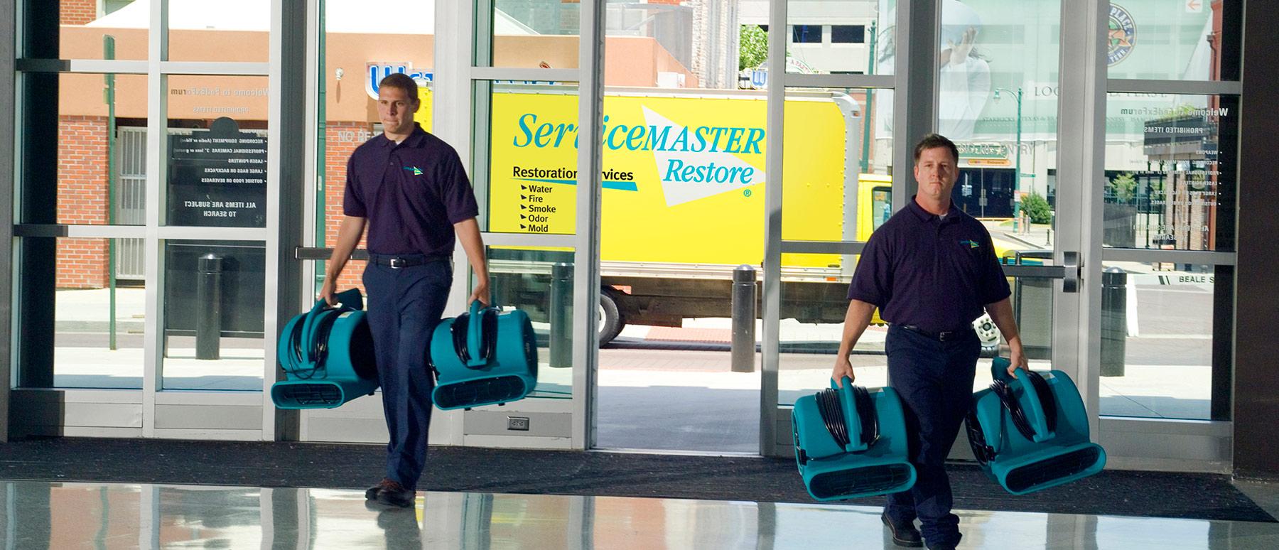 Servicemaster-entering_building