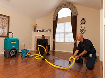 water-damage-restoration-chicagoImg